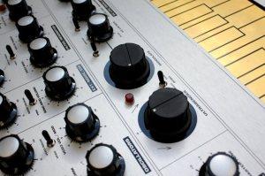 macbeth-elements-analog-synthesizer